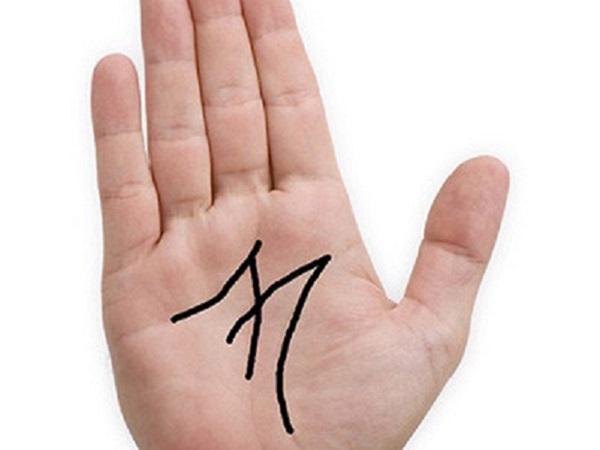 bàn-tay-chữ-m