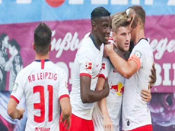 Timo Werner đáp lễ với RB Leipzig