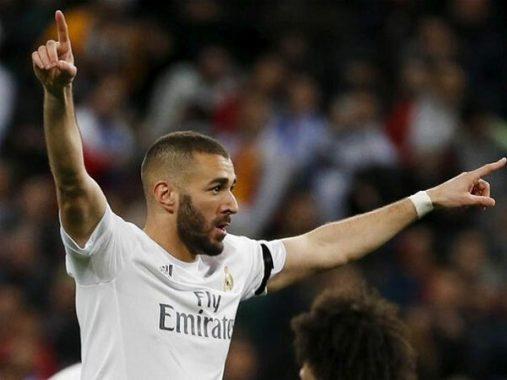 Benzema muốn rời Pháp để chơi cho ĐTQG khác