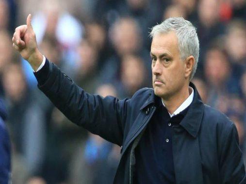 HLV Jose Mourinho chia sẻ về cục diện trận đấu với Olympiacos