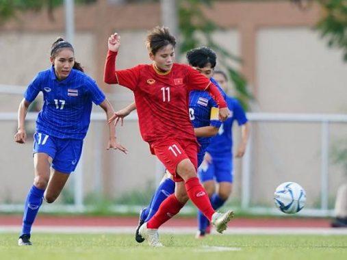 Nhiều cầu thủ nữ Việt Nam bị đau nhẹ sau trận hòa Thái Lan