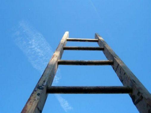 Nằm mơ thấy cái thang điềm gì, đánh ngay con xổ số nào