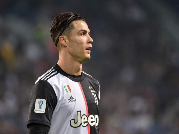 Tin bóng đá Italia 28/3: Ronaldo có thêm 1 hành động đẹp giữa mùa COVID-19