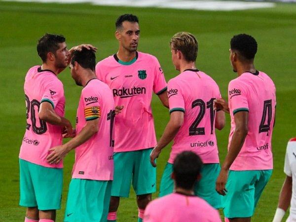 Tin bóng đá sáng 17/9: Messi chói sáng trong trận thắng 3-1 trước Girona