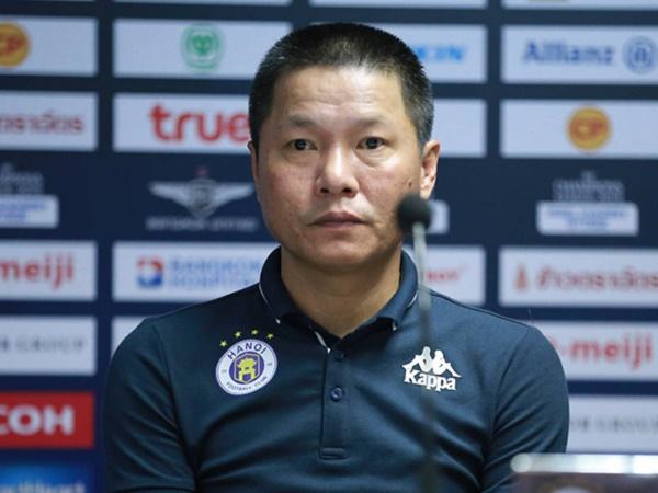 Bóng đá Việt Nam 21/10: HLV Chu Đình Nghiêm hài lòng với chiến thắng