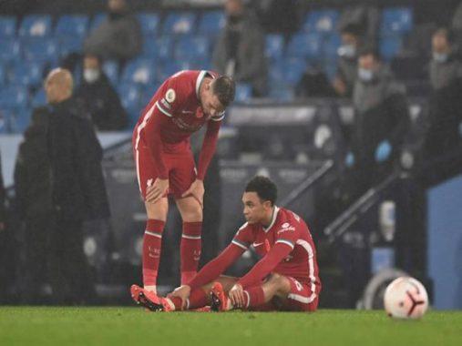 Bóng đá Anh trưa 10/11: Liverpool đau đầu vì chấn thương của Arnold