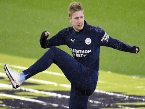 Bóng đá Anh sáng 18/1: De Bruyne gặp khó khi gia hạn với Man City