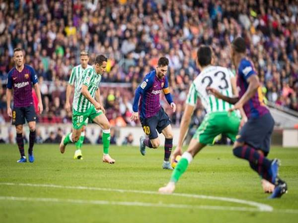 nhan-dinh-ty-le-real-betis-vs-barcelona-3h00-ngay-8-2