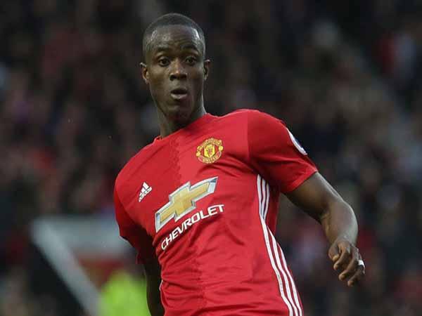 Tin bóng đá Anh 13/3 : MU xác nhận đàm phán gia hạn với Bailly