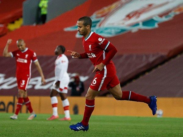 Bóng đá Anh 11/5: Thiago Alcantara khiến NHM Liverpool sung sướng