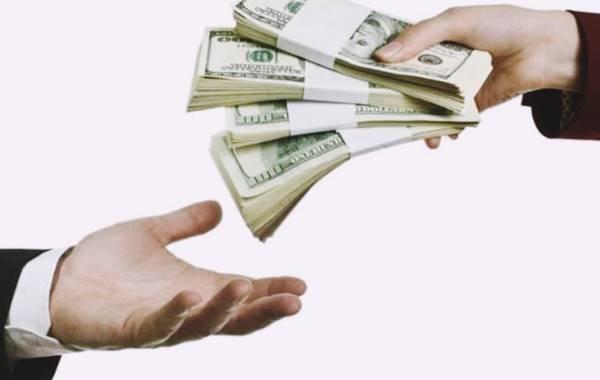 Điềm báo giấc mơ thấy cho tiền là gì? Đánh con số nào